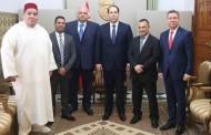 فؤاد مسكوت رئيس الاتحاد الإفريقي برفقة رئيس الاتحاد الدولي للمصارعة في ضيافة رئيس الحكومة التونسية