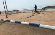 بالصور هدم سور دوفيل ابلاج بسبب الامواج